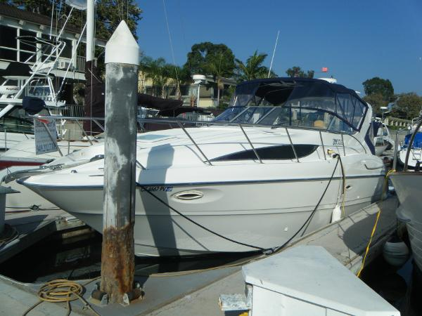 Bayliner 3055 Ciera Port Side View
