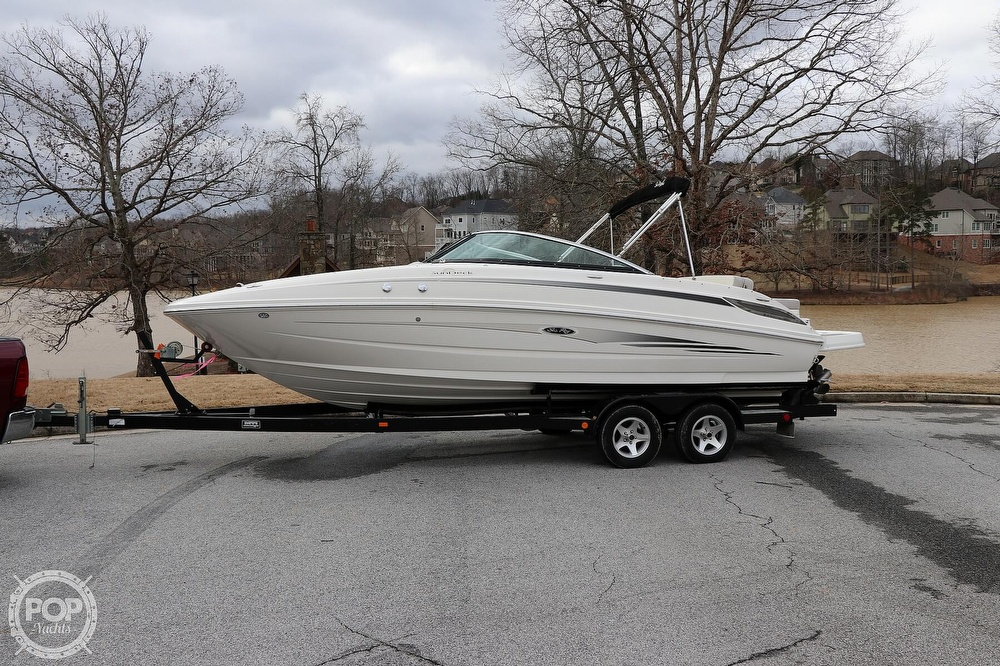 Sea Ray 240 Sundeck 2012 Sea Ray 240 Sundeck for sale in Flowery Branch, GA