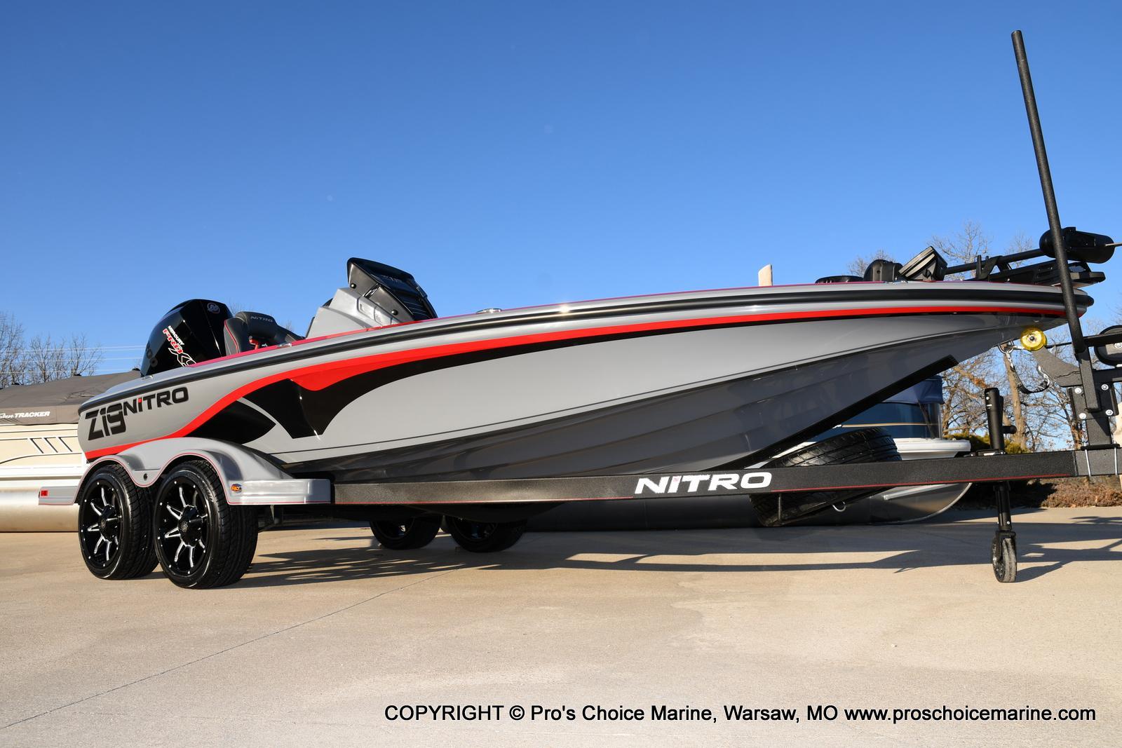 Nitro Z19 pro package