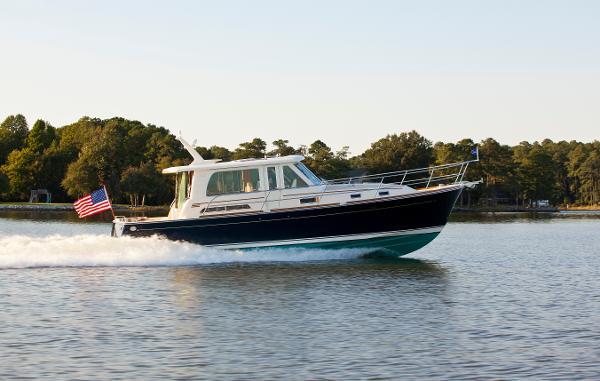 Sabre Yachts 42 Salon Express