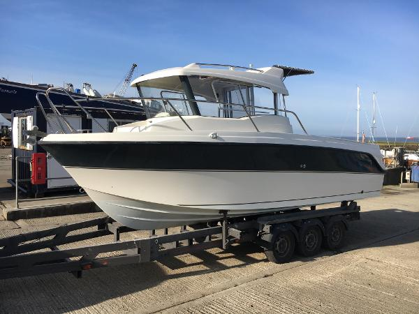 Parker 660 Pilothouse Ashore showing a clean hull