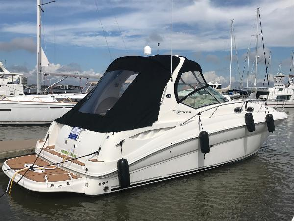 Sea Ray 320 Sundancer Starboard Profile