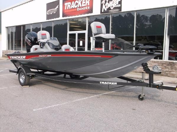 Tracker Pro Team 195 TXW