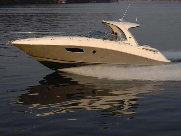 Sea Ray 370 Sundancer Manufacturer Provided Image