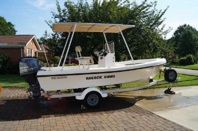 Privateer 19 CENTER CONSOLE W/HARD TOP!