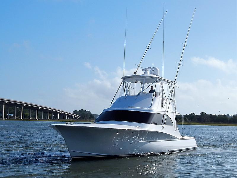 Heritage Yacht Custom Carolina Sportfish Bow quarter.JPG