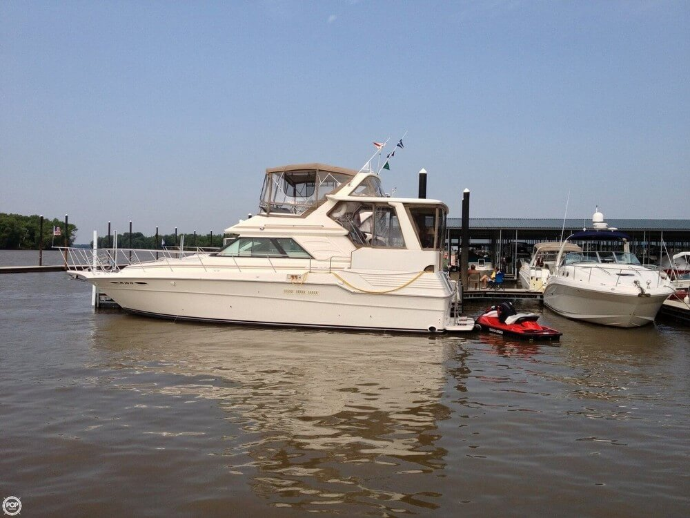 Sea Ray 415 Aft Cabin 1988 Sea Ray 415 Aft Cabin for sale in West Alton, MO