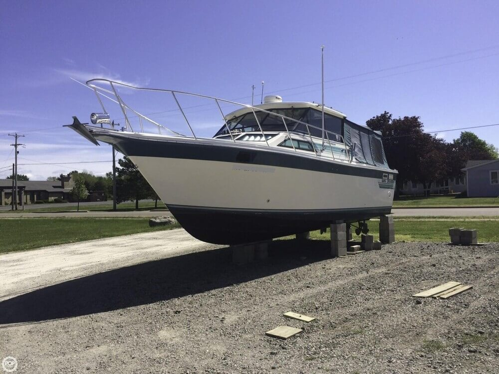 Baha Cruisers 310 Sportfisherman 1988 Baha Cruisers 310 Sportfisherman for sale in Au Gres, MI