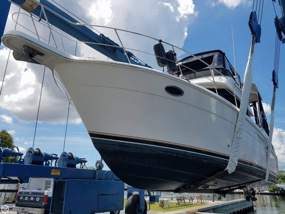 Carver 355 Aft Cabin 1998 Carver 355 Aft Cabin MY for sale in Dunedin, FL