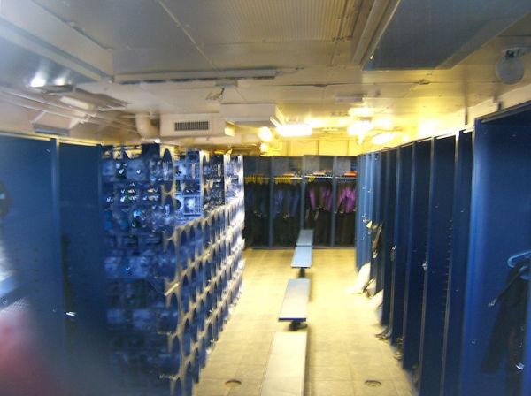 Dive Room