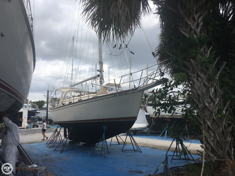 Island Packet 31 1986 Island Packet 31 for sale in Indiantown, FL