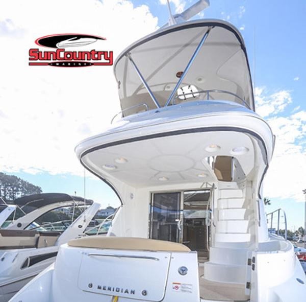 MERIDIAN YACHTS 441 Sedan Bridge
