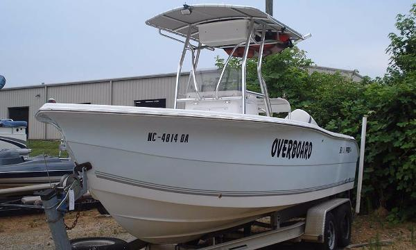 Sea-pro 220 Center Console
