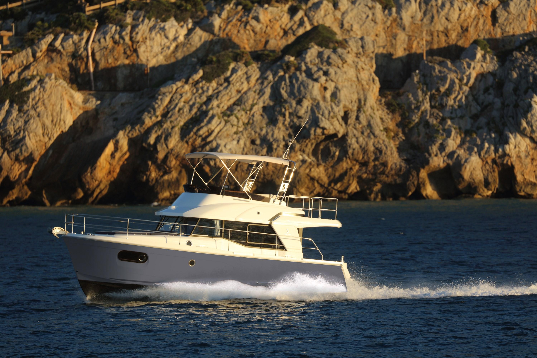 Beneteau Swift Trawler 35 Beneteau Swift Trawler 35 for sale
