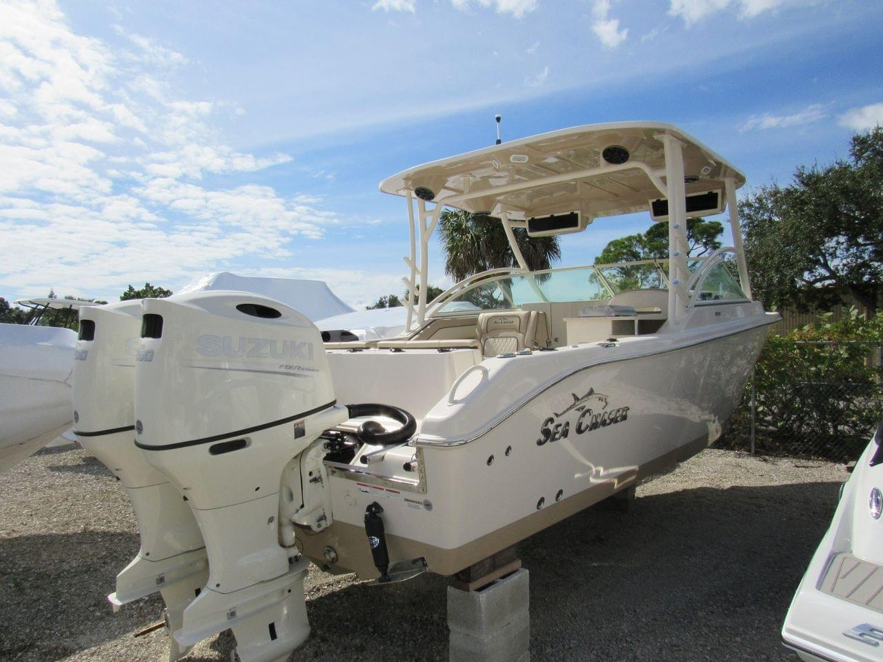 Sea Chaser 27 HFC BW DC