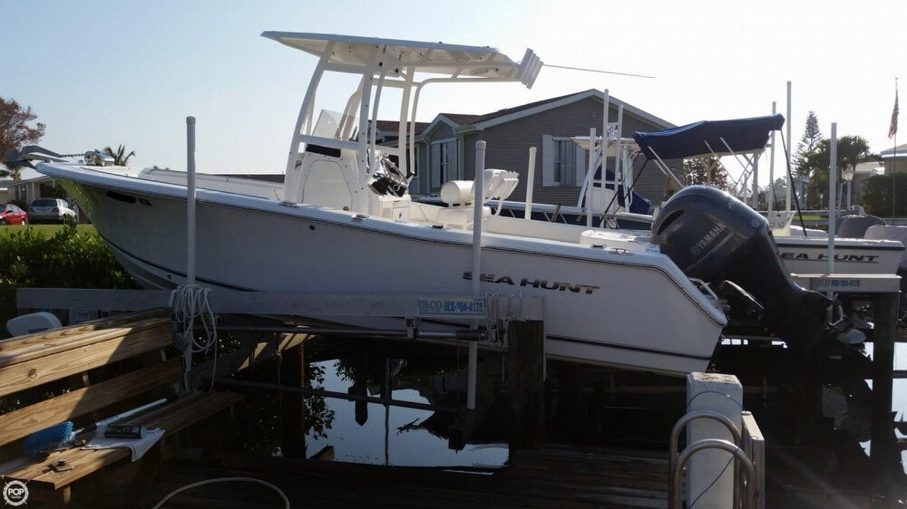 Sea Hunt Triton 225 2015 Sea Hunt riton 225 for sale in Vero Beach, FL