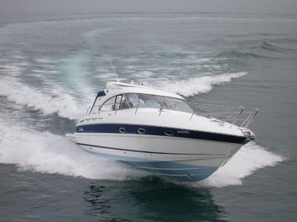 Bavaria Motor Boats 33 Sport HT Bavaria Motor Boats 33 Sport HT
