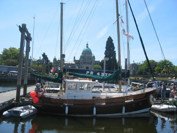 Fisher 30 Ketch