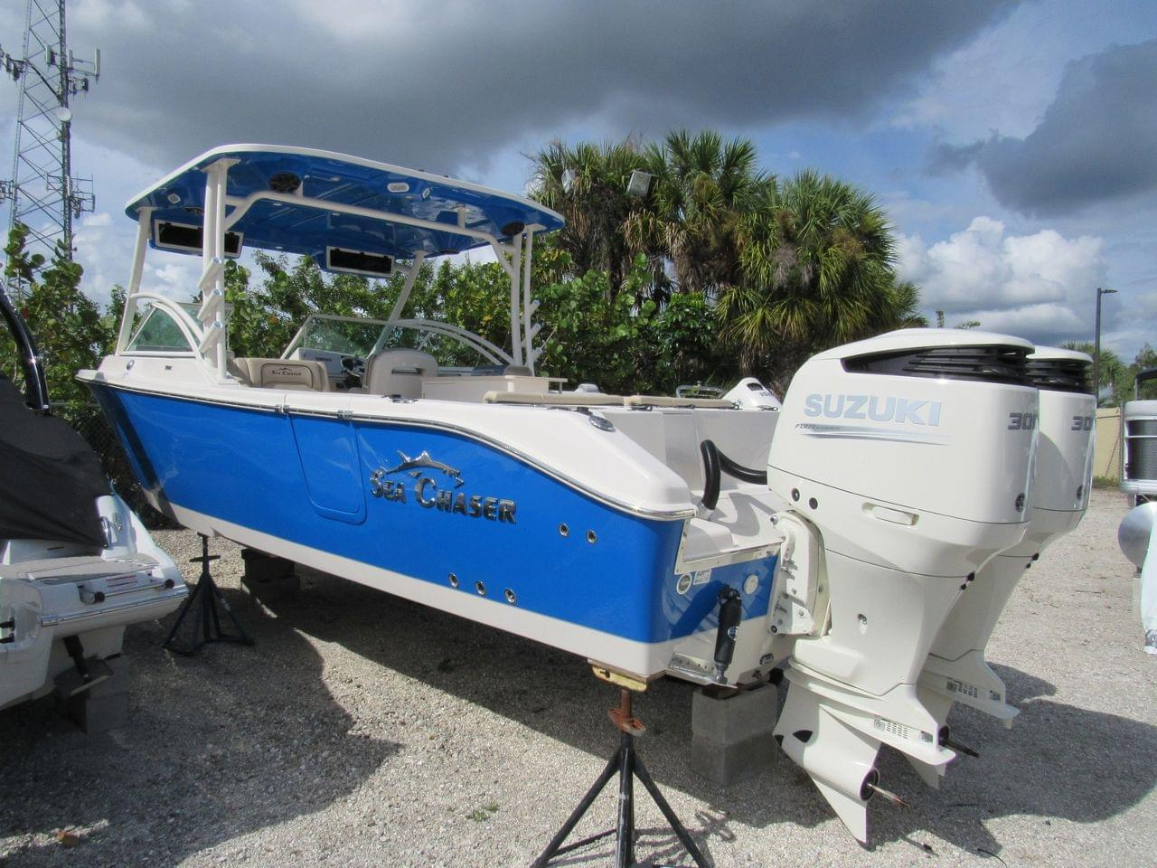 Sea Chaser 30 HFC BW DC