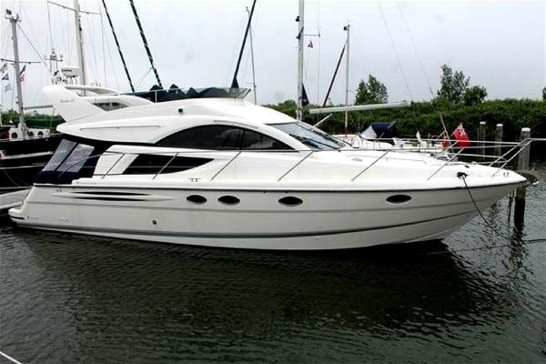 Fairline Phantom 43 Fly