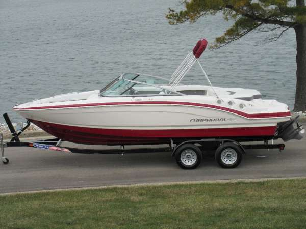 Chaparral 216 SSi Wide Tech