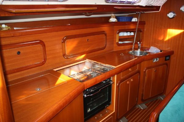 Grand Soleil 46.3 galley