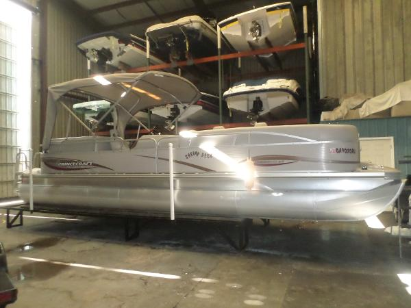 Princecraft 26 Pontoon