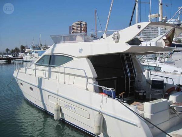 Ferretti Yacht Fly