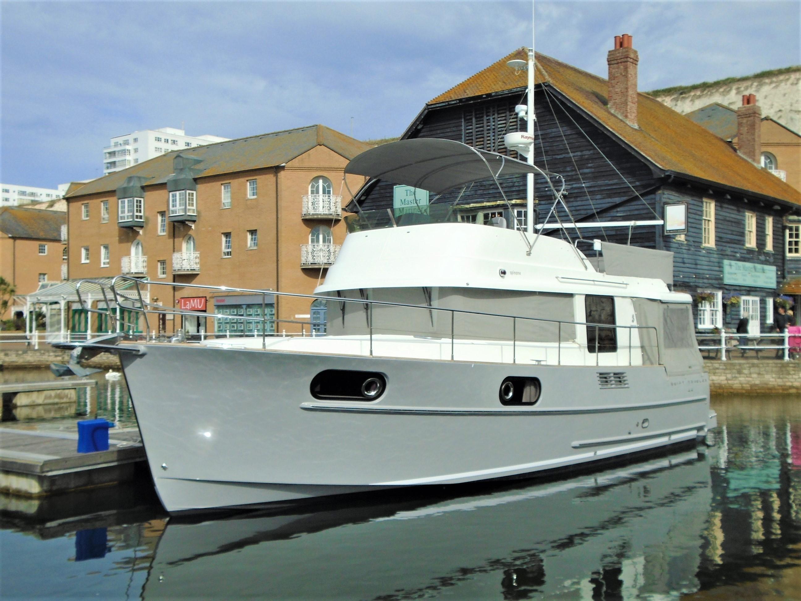 Beneteau Swift Trawler 44 Beneteau Swift Trawler 44 2012