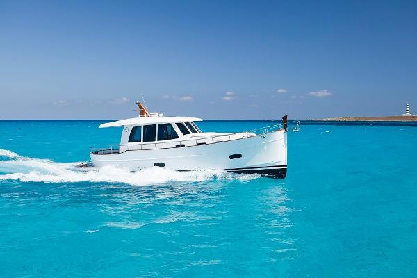 Sasga Yachts Menorquin 42 hardtop Sasga Minorchino 42 Hardtop