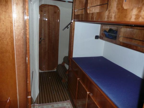 Port aft cabin single berth