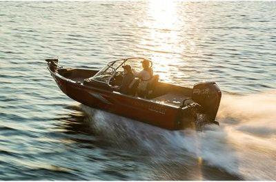 Crestliner 1750 Fish Hawk Walk-through w/ 150HP Mercury 4 Stroke!