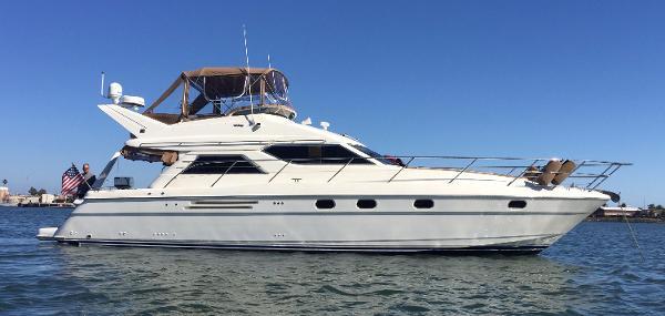 Viking 50 Flybridge Sport Cruiser