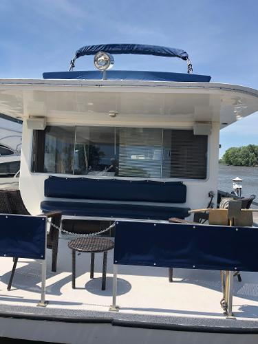 Gibson Executive 50' Houseboat