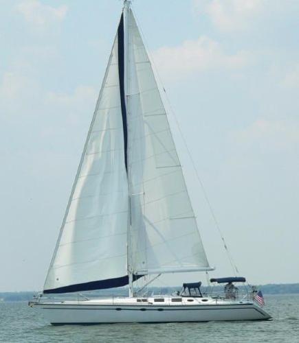 Hunter 45 LEGEND At Sail