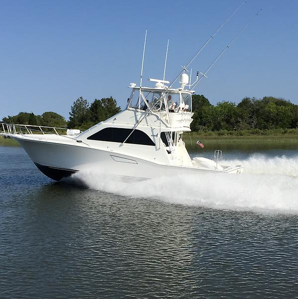 Cabo 47 Flybridge Sportfisher 92 (2).jpg