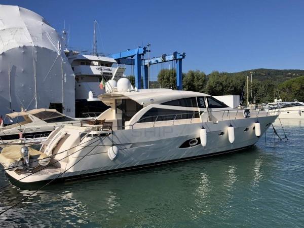 Custom Cantieri Navali Del Tirreno Cayman 60 Ht CANTIERI NAVALI DEL TIRRENO - CAYMAN 60 HT - exteriors