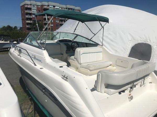 Sea Ray 25' Sundancer