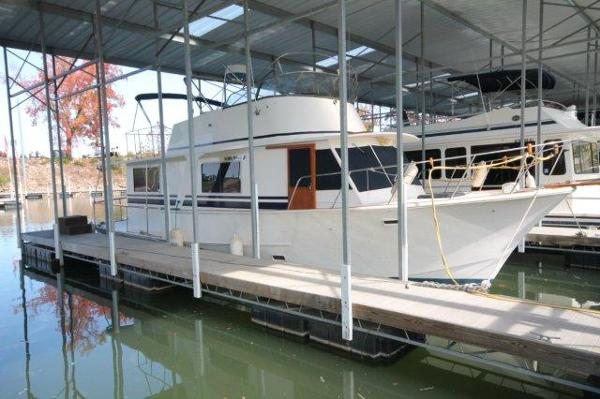 Pearson 43 Motor Yacht / Pearson Trawler
