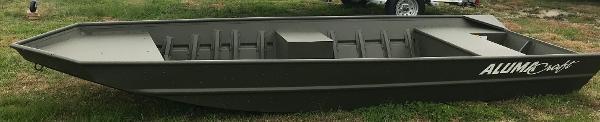 Alumacraft MV 1648 SS CTR