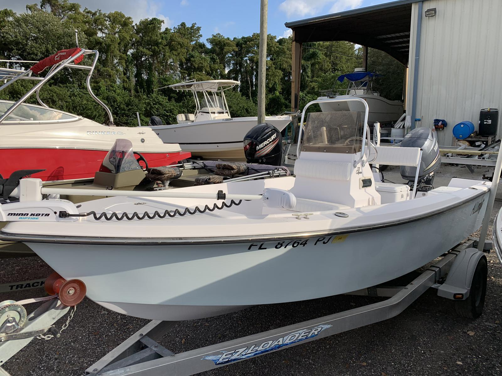 Stumpnocker FISHING BOAT 17 CAYMAN