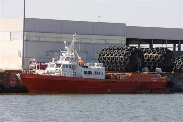 Commercial Vessel Crew Boat 3
