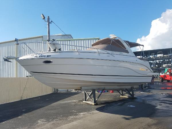 Rinker 300 Fiesta Vee Port Side Profile