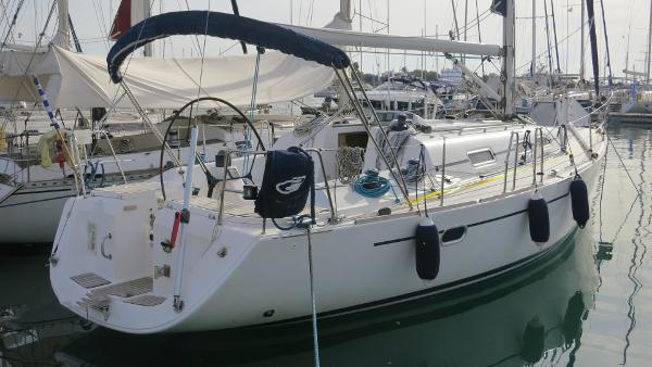 Elan 40 Elan 40 for sale in Greece by Alvea Yachts