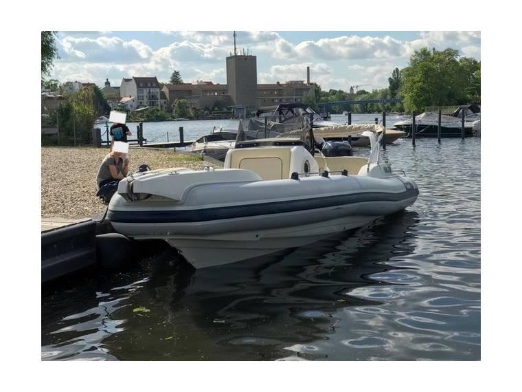 Marlin Boat Fisheries Marlin 23 FB