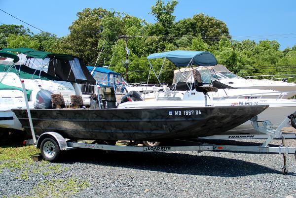 Alweld 2070VVC Bay Boat