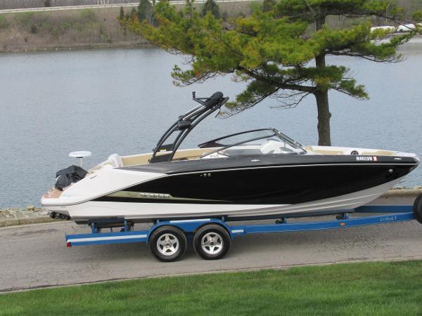 Scarab 255 HO SD Series