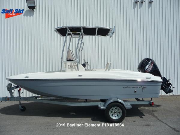 Bayliner Element F18