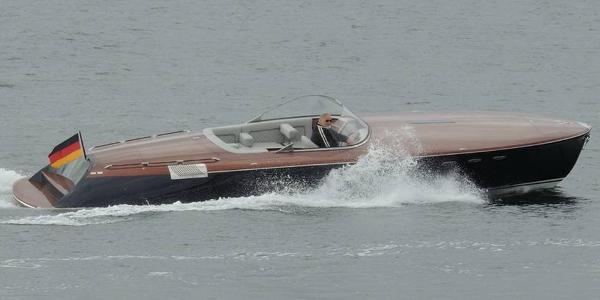 Runabout 33