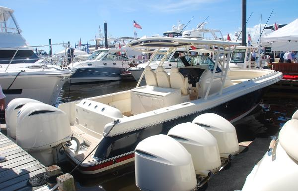 Chris-Craft Catalina 34 Sister Ship (White Painted Engines)
